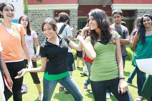 delhi-university-iit-delhi